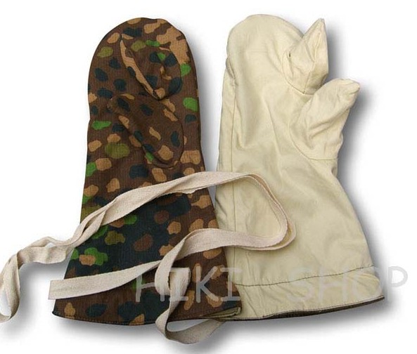 WWII German Dot 44 Camo Reversible Winter Mittens