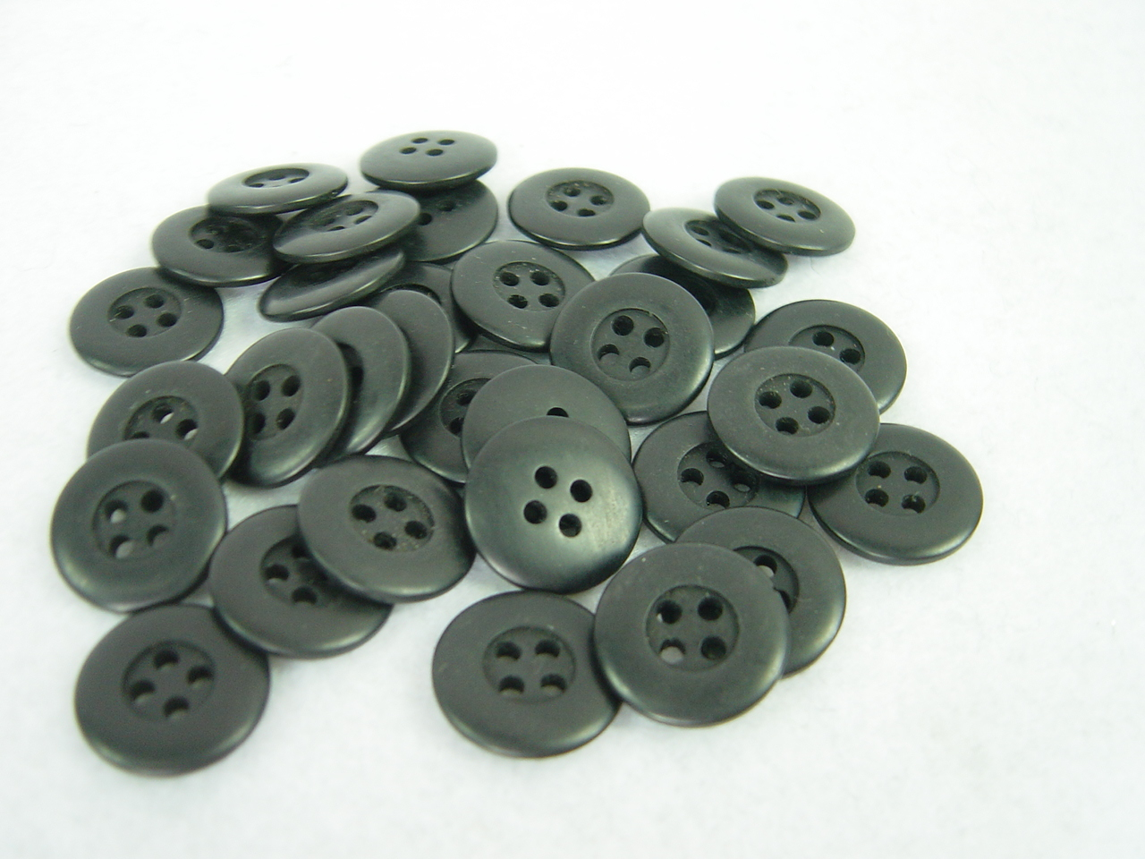 ww2 german Phenolic resin Dish Buttons 4 holes 15MM x 30